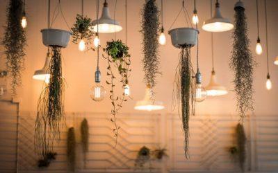 Oświetlenie LED na poddaszu – kilka sposobów na przytulną przestrzeń
